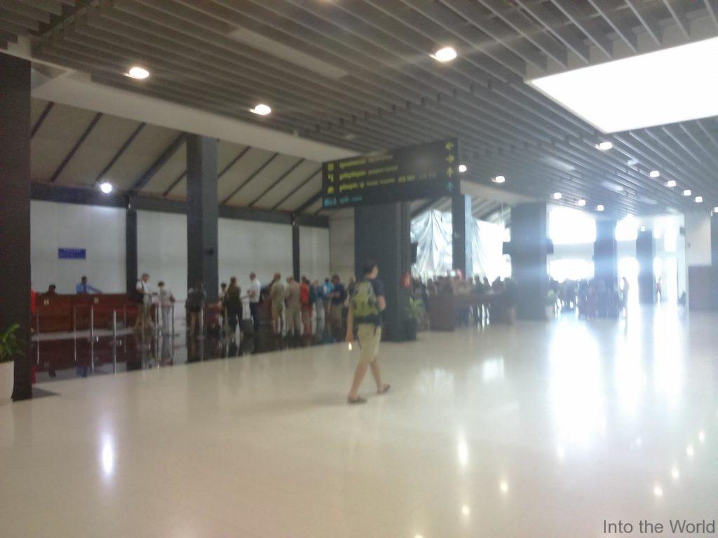 シェムリアップ空港のアライバルビザ取得カウンター