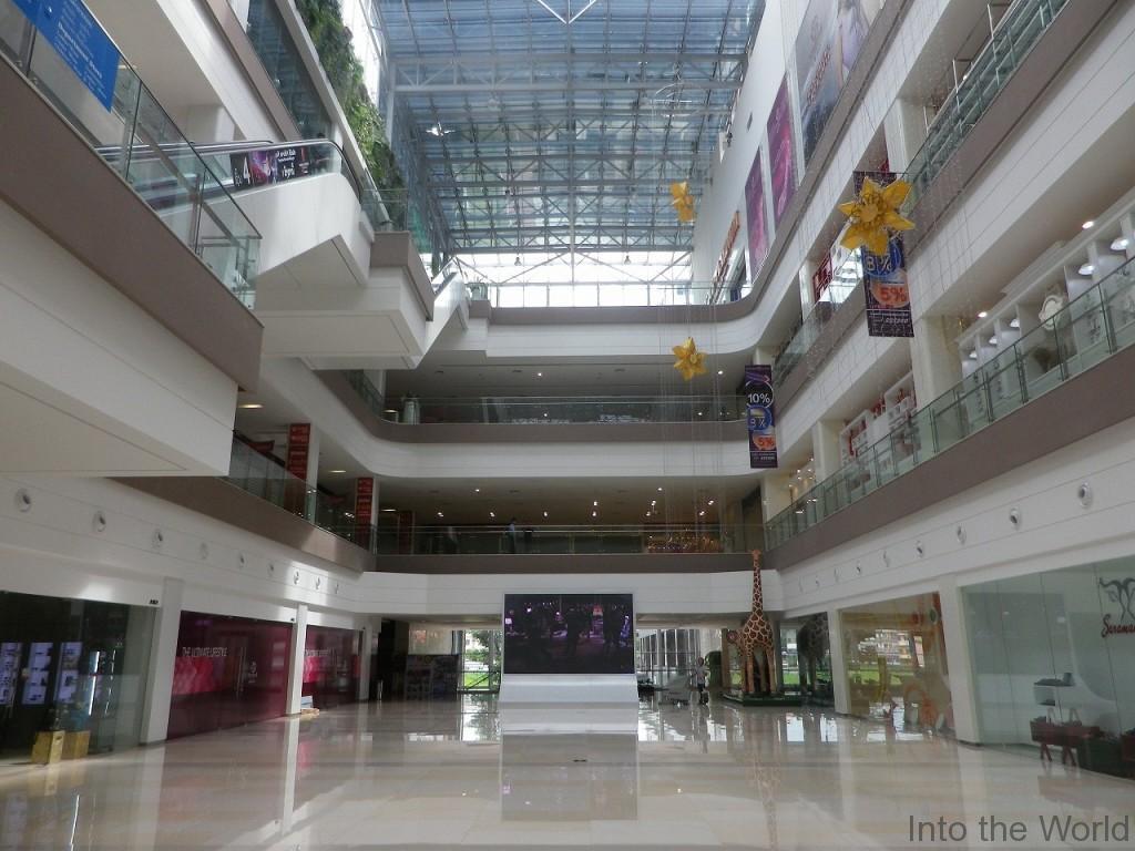 lao-shopping_3