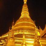 ヤンゴンのシュエダゴォン・パヤーには夕方行くのがおすすめ!