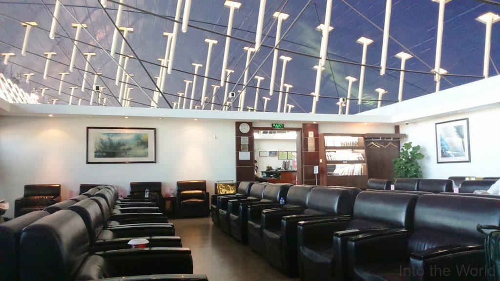 中国の上海浦東国際空港(Shanghai Pudong International Airport)のラウンジ