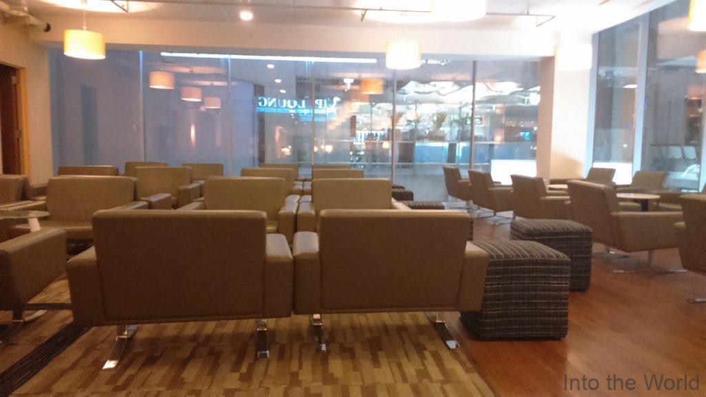 タイのバンコク・スワンナプーム国際空港(Bangkok Suvarnabhumi International Airport)のラウンジ