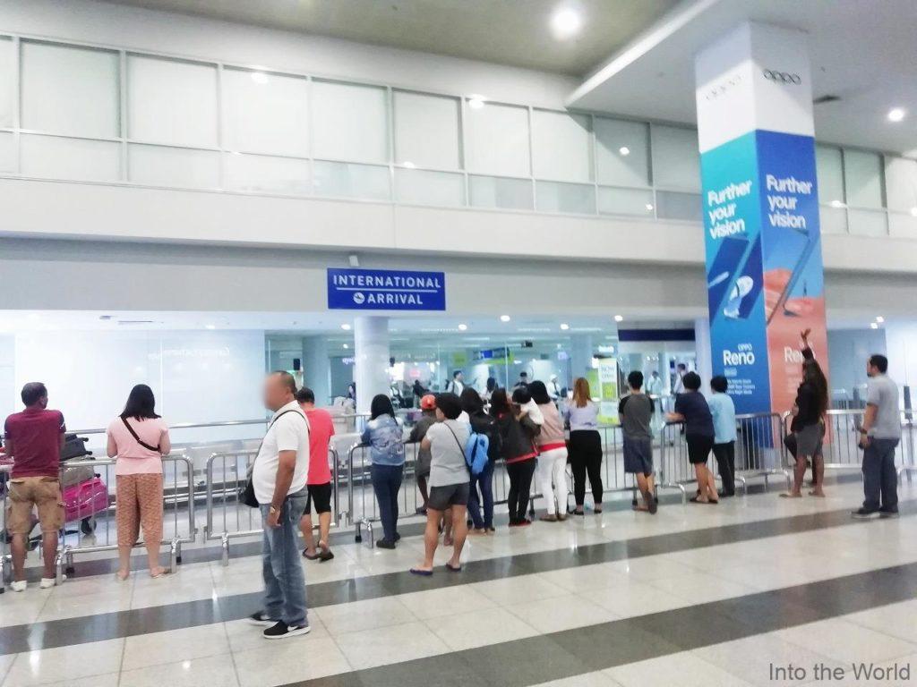マニラ空港 ターミナル3 深夜