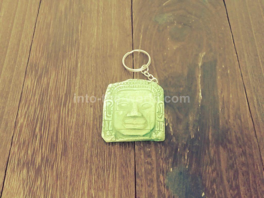 カンボジアのキーホルダー(バイヨン)