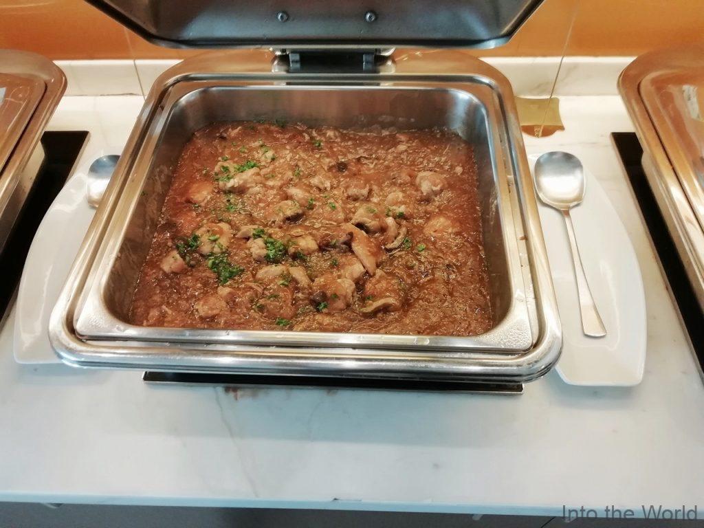 マニラ空港 ターミナル3 スカイビューラウンジ Sky View Lounge 食事